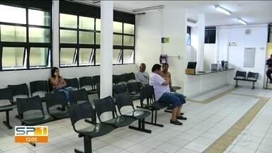 Postos de saúde registram movimentação tranquila na capital - 59 postos de saúde estão abertos, neste sábado, para vacinação contra a febre amarela na Capital