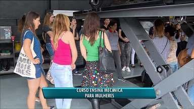 Curso em Curitiba ensina sobre mecânica para mulheres - O objetivo é levar mais conhecimento e dar mais independência para as mulheres.