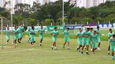 Goiás visita o Iporá e tenta garantir liderança do Campeonato Goiano - Time esmeraldino precisa de mais uma vitória para garantir a primeira posição na fase de classificação.