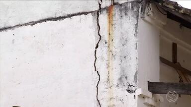 RJTV mostra pela quarta vez abandono da Estação Ferroviária de Ipiabas, em Barra do Piraí - Moradores pedem reforma do espaço. Obra precisa da liberação do Iphan, o Instituto do Patrimônio Histórico e Artístico Nacional.