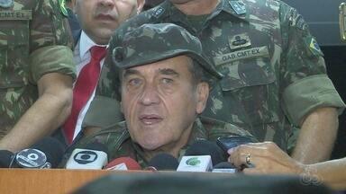 'Assassinato de Marielle só aumenta necessidade de intervenção', diz Villas Bôas - Comandante geral do Exército Brasileiro deu declaração durante cerimônia em Manaus.
