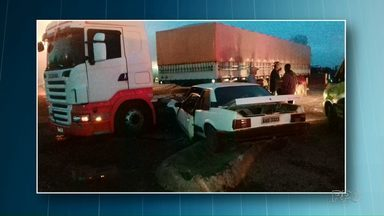Motorista bêbado é preso após acidente. 10 pessoas estavam no carro - 6 dos dez ocupantes são crianças.
