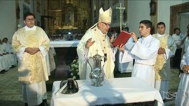 Missa dos Santos Óleos é realizada em São Luís - A missa que era sempre celebrada na quinta-feira santa, é antecipada pela arquidiocese da capital.