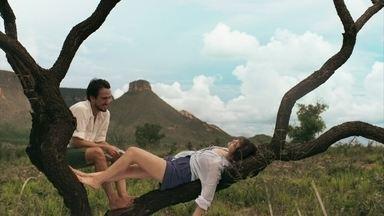 Laura e Rafael se aproximam cada vez mais - Casal vive dias de amor e poesia no Jalapão