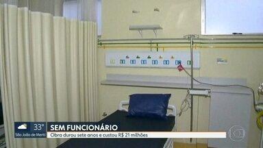 Emergência do Hospital de Bonsucesso continua fechada - Sete anos de obras de 21 milçhões de reais gastos, e falta profissionais para emergência funcionar