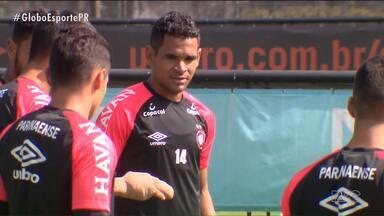 Antes da final, Atlético volta atenções para a Copa do Brasil - Furacão chama para a ação seus titulares para a partida desta quarta-feira (4) contra o São Paulo, na Arena da Baixada