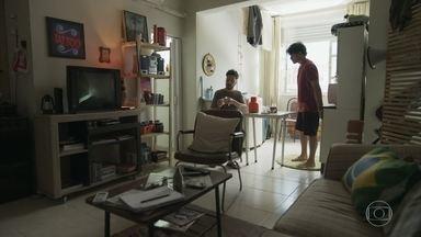 Getúlio cobra mais furtos de Érico - Ele sugere que o sobrinho pegue alguma coisa da casa de Pérola