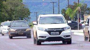 Motoristas enfrentam dificuldade na hora de receber a CNH do Detran no Tocantins - Motoristas enfrentam dificuldade na hora de receber a CNH do Detran no Tocantins