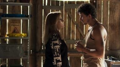 Zé Victor ameaça Sophia - Gael desconfia da proximidade entre a mãe e o funcionário da mina