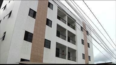 Apartamento de jogador do Botafogo-PB é invadido, em João Pessoa - Carro e notebook foram roubados durante a madrugada desta terça-feira (10).