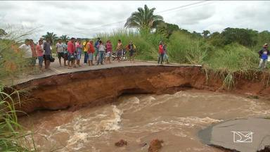 Chuvas causam estragos em cidades do Maranhão - Em Caxias o Rio Itapecuru transbornou na madruga desta quarta-feira (11) e no município de Tuntum foi registrada a maior enchente dos últimos 30 anos.