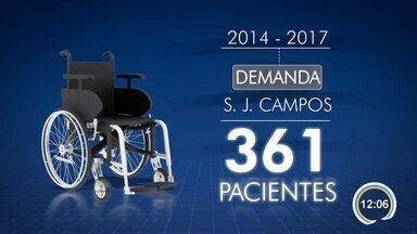Crianças não aguentam mais esperar na fila por cadeira de rodas e próteses em São José - Situação se arrasta desde 2014.