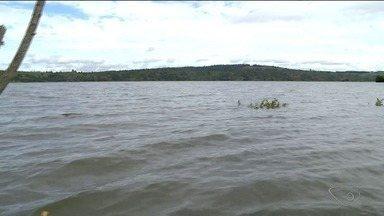 Nível da Lagoa Juparanã continua subindo no Norte do ES - Água já invadiu mais casas e ruas inteiras.