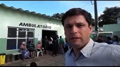 Idosos enfrentam longas filas para conseguirem se vacinar contra H1N1 em Goiânia - Imunização começou nesta terça-feira (13).