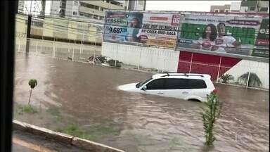 Chuva em São Luís (MA) e Fortaleza (CE) provocam estragos - Onze cidades do Maranhão estão em situação de emergência