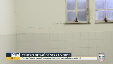 Em protesto, funcionários do Centro de Saúde Serra Verde diminuem atendimento à população - Seis das 12 salas foram interditadas porque imóvel tem rachaduras e queda de azulejos.