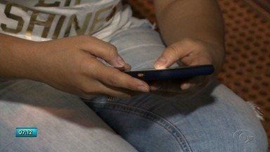 Conheça alternativas para diminuir os custos com aparelho celular - Confira a reportagem.