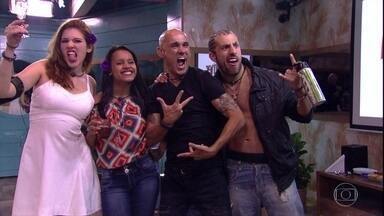 Big Brother Brasil 18 - Programa de quarta-feira, dia 18/04/2018, na íntegra - BBB apresenta um resumo dos principais acontecimentos da temporada