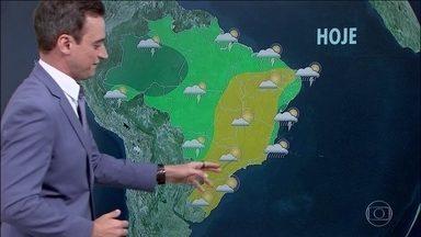 Frio e tempo firme ganham força pelo Brasil - No Parque do Itatiaia, no Rio, fez -4,1 graus no começo da manhã desta quinta (19).