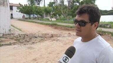 Ruas são interditadas e situação causa transtornos no bairro Vila União - Saiba mais em g1.com.br/ce