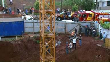 Polícia Civil de Cascavel apresenta laudo técnico em obra onde trabalhadores morreram - Foram três trabalhadores que morreram soterrados. Obra foi embargada.