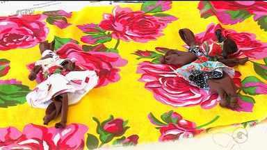 Estudantes e professores da UPE participam de oficina sobre as bonecas abayomi - Criadas há séculos, elas possuem um grande significado até os dias de hoje
