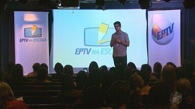 """Projeto EPTV na Escola 2018 é lançado em Ribeirão Preto, SP - O tema é """"Minha vocação e o propósito de minha vida"""", que cai muito bem para quem está no último ano do ensino fundamental."""