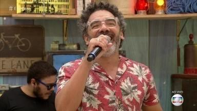 Simoninha canta: 'Sá Marina' - O cantor anima a manhã do 'É de Casa'