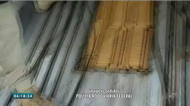 Quadrilha é presa com dinheiro falso e maconha vindos do Paraguai - Saiba mais em g1.com.br/ce
