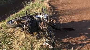 Uma pessoa morreu em um acidente envolvendo uma caminhonete e uma moto - A batida foi na BR-369, entre Cascavel e Corbélia.