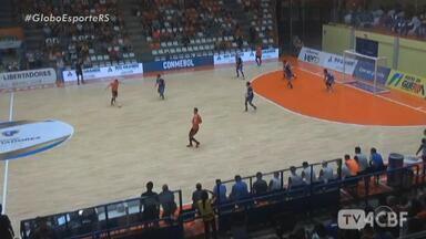 ACBF goleia Nacional por 6 a 0 pela Libertadores de futsal - Assista ao vídeo.
