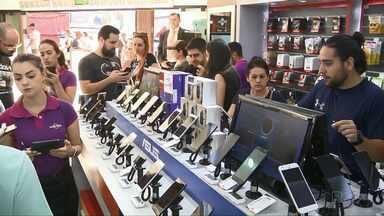 Dólar alto não afasta turistas de Cidade do Leste - Mas a alta da moeda mudou o comportamento dos consumidores