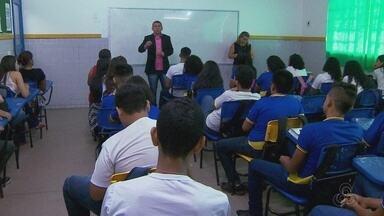 Delegada alerta para casos de adolescentes desaparecidos no AM - Projeto tenta prevenir casos de desaparecimentos.