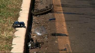 Mulher é presa por se envolver em acidente e estar embriagada - As duas pessoas que estavam na moto em que ela bateu morreram