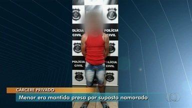 Polícia localiza garota de 13 anos que estava desaparecida e prende namorado - Menina, que mora em Chapadão do Céu, em Goiás, foi localizada junto com namorado no MS. Segundo delegado, ele queria que família da vítima retirasse queixa por abuso sexual.