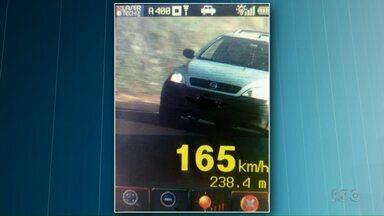 PRE flagra motoristas acima da velocidade na região de Cascavel - Um dos motoristas dirigia a 140 km/h numa pista onde a velocidade máxima é de 80 km/h.