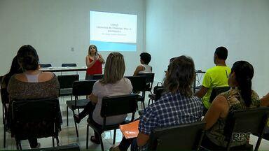 Agência do SINE em Londrina oferece cursos para ajudar quem está desempregado - Até sexta-feira tem atividades que podem auxiliar as pessoas que estão à procura de um emprego.