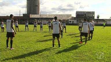 São Raimundo intensifica treinos visando duelo contra o Nacional - A equipe santarena joga neste domingo (6) na capital amazonense.