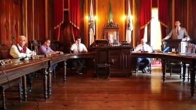 Política em Petrópolis (RJ) vive momento turbulento