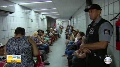Surto de conjuntivite lota emergências no Recife; veja dicas para prevenir a doença - Entre os sintomas estão sensibilidade à luz, lacrimejar, ardor, inchaço e vermelhidão.