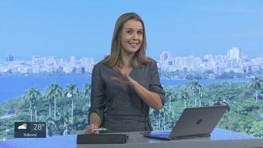RJ1 - Íntegra 10 Maio 2018 - O telejornal, apresentado por Mariana Gross, exibe as principais notícias do Rio, com prestação de serviço e previsão do tempo.