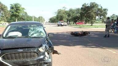 Jovem de 19 anos morre em acidente na Avenida Teotônio Segurado, na capital - Jovem de 19 anos morre em acidente na Avenida Teotônio Segurado, na capital