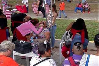 Ação homenageia mães em Itaquaquecetuba - O evento foi nesta sexta-feira (11)