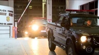 PF faz operação contra lavagem de dinheiro do tráfico de drogas em seis estados e no DF - A Polícia Federal está nas ruas de seis estados e do Distrito Federal em uma operação contra a lavagem de dinheiro do tráfico de drogas.