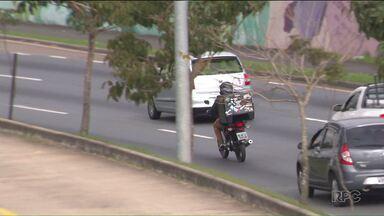 Curitiba tem várias ações para conscientização no trânsito - Número envolvendo acidentes com motociclistas é grande