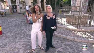 Maria de Médicis guia Ana Maria pela cidade cenográfica de 'Segundo sol' - Diretora geral da novela das nove mostra a reprodução da cidade de Salvador nos Estúdios Globo