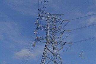 Bandeira amarela na conta de energia exige mudanças de comportamento dos moradores - A cada 100 quilowatts consumidos será cobrado R$ 1 a mais na conta de energia.