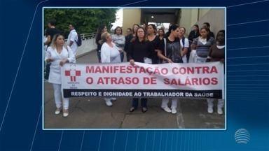 Funcionários da Santa Casa de Presidente Venceslau realizam protesto - Cerca de 50 trabalhadores participaram da manifestação para pagamento de salários.