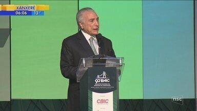 Em Florianópolis, Michel Temer anuncia crédito de mais de R$ 44 milhões para cidades de SC - Em Florianópolis, Michel Temer anuncia crédito de mais de R$ 44 milhões para cidades de SC