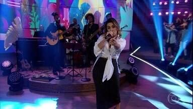 """Naiara Azevedo canta """"50 Reais"""" - Bial promove bate papo sobre dor de cotovelo e conta com a presença da cantora"""